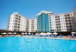 Късно лято в Didim Beach Elegance Aqua & Thermal 5*, Турция, с Глобус Холидейс! 5 или 7 нощувки All Inclusive, безплатно за дете до 12.99 г, възможност за транспорт - Снимка