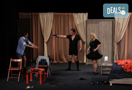 Гледайте Христо Гърбов, Албена Михова и Евгени Будинов в комедията Изневери в повече на 26.06., от 19 ч, Театър Сълза и Смях, 1 билет - Снимка 8