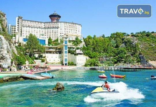 Почивка в края на лятото в Ladonia Hotels Adakule 5*, Кушадасъ! 7 нощувки на база Ultra All Inclusive, безплатно за дете до 12.99г., възможност за транспорт - Снимка 1