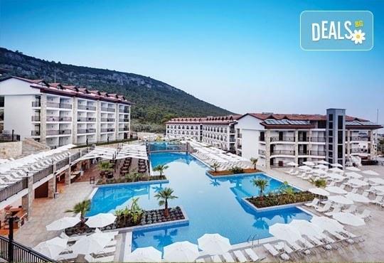 Късно лято в Дидим, Турция! Почивка в Ramada Resort Hotel Akbuk 4+*, 5 или 7 нощувки All Inclusive, безплатно за дете до 13 г. и възможност за транспорт! - Снимка 1