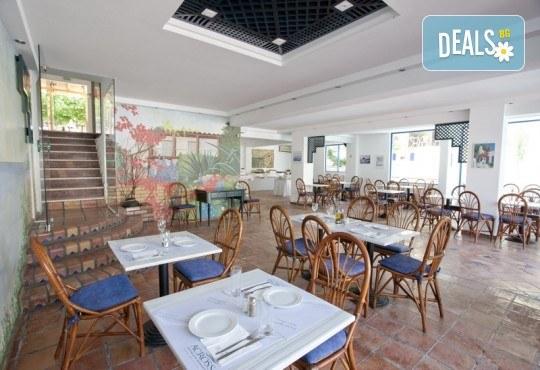 Лятна почивка в Гърция, Халкидики в период по избор! 7 нощувки All Inclusive Light в Across Golden Beach Hotel 2*, Касандра, транспорт и водач от ТА Солвекс! - Снимка 6