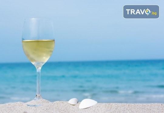 Еднодневна екскурзия с плаж до Офринио, Гърция, с транспорт, медицинска застраховка и водач от Глобус Турс! - Снимка 1