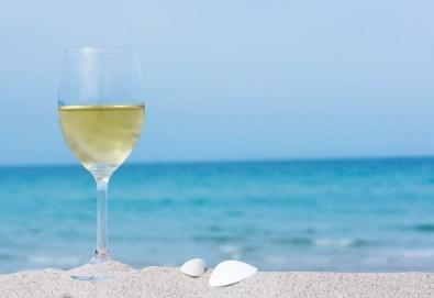 Еднодневна екскурзия с плаж до Офринио, Гърция, с транспорт, медицинска застраховка и водач от Глобус Турс! - Снимка