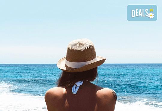 Слънце, море и плаж за 1 ден в Ставрос, Гърция! Транспорт и водач от Дениз Травел! - Снимка 1