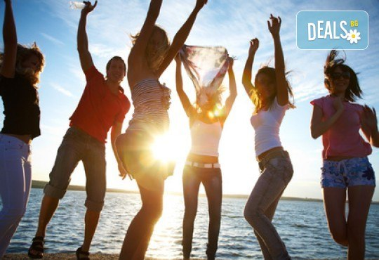 Време е за море, слънце и морски приключения! Добре дошли на борда на круиз в Райския залив край Созопол - 4 часа, с разхлаждаща напитка, слънчеви бани, плуване! - Снимка 11