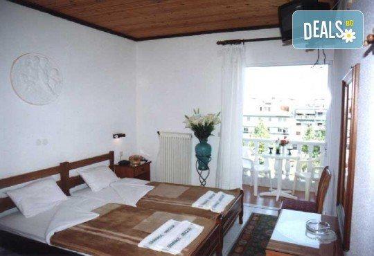 Почивка през юли или август в Hotel Orea Eleni 3*, Паралия Катерини, Гърция! 5 нощувки със закуски, транспорт и включена застраховка! - Снимка 7