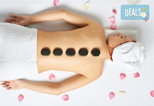 Подарете си прохлада с ревитализиращ масаж със студени вулканични камъни и комплимент в SPA център Senses Massage & Recreation! - Снимка 1