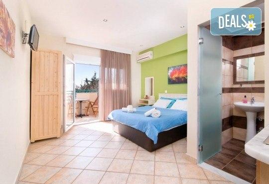 Специални цени за почивка на о. Тасос за период по избор с ТА Солвекс! 7 нощувки със закуски и вечери в Christos Studios 2*, Лименария, транспорт - Снимка 3