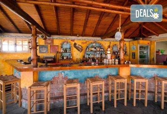 Почивка на о. Тасос, 7 нощувки със закуски и вечери в Christos Studios 2*, Лименария, индивидуално пътуване - Снимка 12