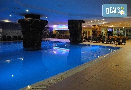 Почивка в Kumburgaz Marin Princess 5*, с участие в парти на Криско! 2 нощувки със закуски, ползване на открит и закрит басейн, сауна, турска баня и фитнес! - Снимка 16