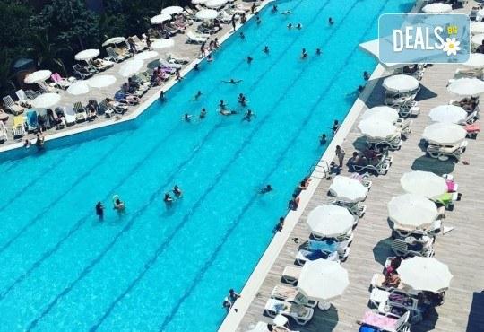 Почивка в Kumburgaz Marin Princess 5*, с участие в парти на Криско! 2 нощувки със закуски, ползване на открит и закрит басейн, сауна, турска баня и фитнес! - Снимка 18