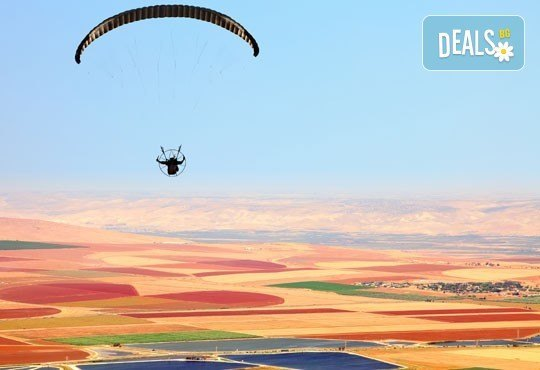 Панорамен тандемен полет с парапланер + HD заснемане край Варна, Шумен или др.