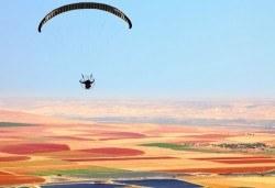 Панорамен тандемен полет с парапланер - свободно летене край Варна, Албена, Каварна, с.Топола, с.Невша, Мадара или Шумен със заснемане с Go Pro камера от Dedalus Paragliding Club! - Снимка