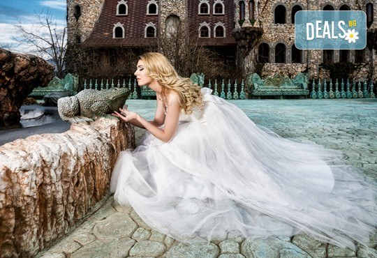 Магическа приказка край Созопол! Вход за замъка в Равадиново и 15 минути езда на расов кон! - Снимка 8