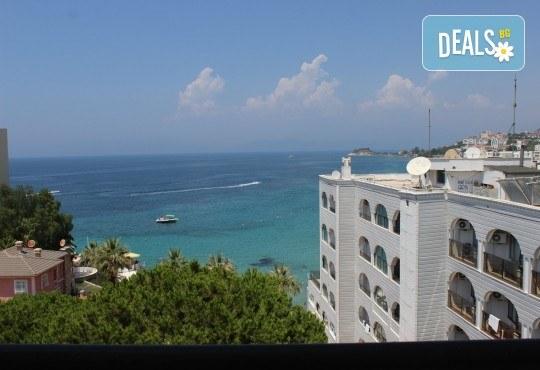 Почивка в края на лятото в Кушадасъ, Турция! 7 нощувки със закуски и вечери в Hotel Melike 2* и транспорт от туроператор Поход! - Снимка 8