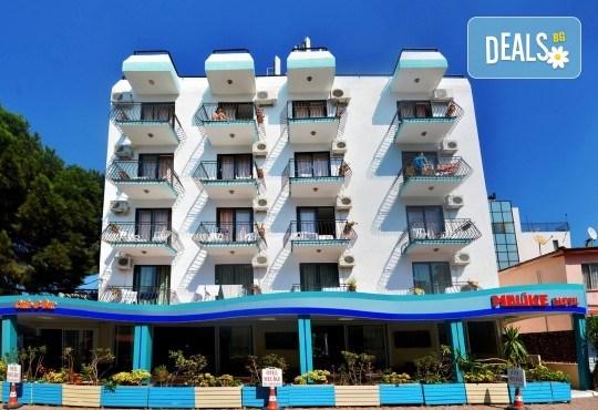 Почивка в края на лятото в Кушадасъ, Турция! 7 нощувки със закуски и вечери в Hotel Melike 2* и транспорт от туроператор Поход! - Снимка 1