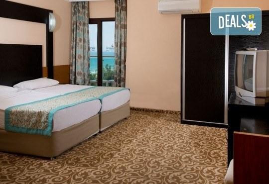 Почивка през септември в MC Mahberi Beach 4*, Алания, Турция! 7 нощувки на база All Inclusive, възможност за организиран транспорт! - Снимка 3