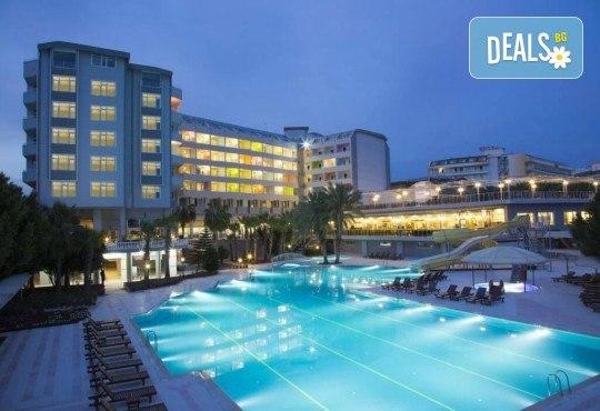 Септември в Meridia Beach Hotel 5*, Алания, Турция! 7 нощувки на база Ultra All Inclusive, възможност за организиран транспорт! - Снимка 2