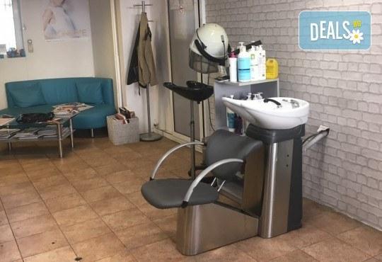 Сияйна и свежа кожа! Почистване на лице с водно дермабразио в студио за красота Ел Ем Ви! - Снимка 6