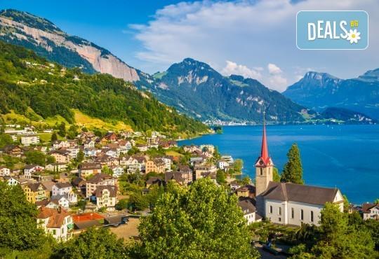 Екскурзия Чудесата на Швейцария през август! 4 нощувки със закуски, транспорт, екскурзовод, посещение на Женева, Берн, Цюрих, Монтрьо, Залцбург и Вадуц! - Снимка 1