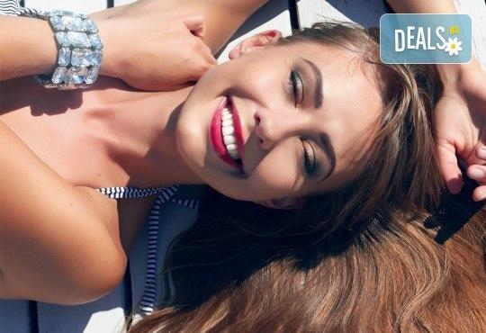 Професионално домашно избелване на зъби с индивидуални шини, профилактичен преглед, ултразвуково почистване на плака и зъбен камък в Дентален кабинет д-р Снежина Цекова! - Снимка 2
