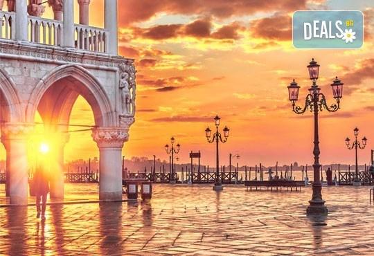 Екскурзия през октомври до Рим, Венеция и Загреб с Еко Тур! 4 нощувки със закуски, транспорт, възможност за посещение на Неапол и Помпей! - Снимка 11