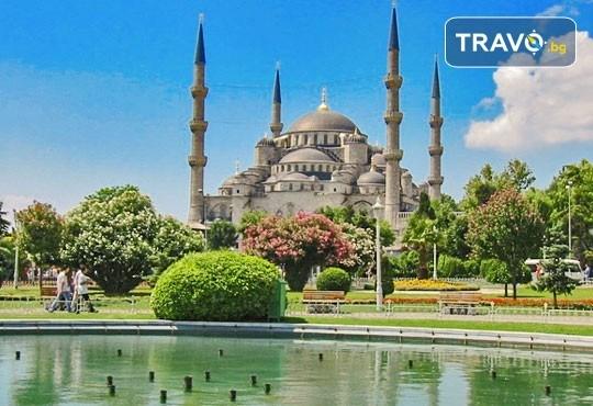 Есенна екскурзия до космополитния Истанбул с АБВ Травелс! 3 нощувки с 3 закуски, транспорт и бонус: посещение на мол Forum - Снимка 2
