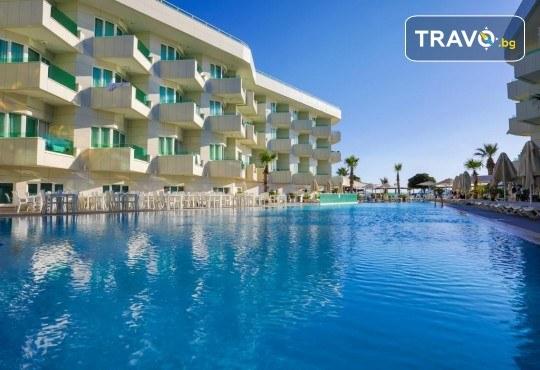 Изпратете лятото с почивка в луксозния Dragut Point South Hotel 4* в Тургутрейс! 5 или 7 нощувки на база All Inclusive, безплатно за дете до 12г. - Снимка 1