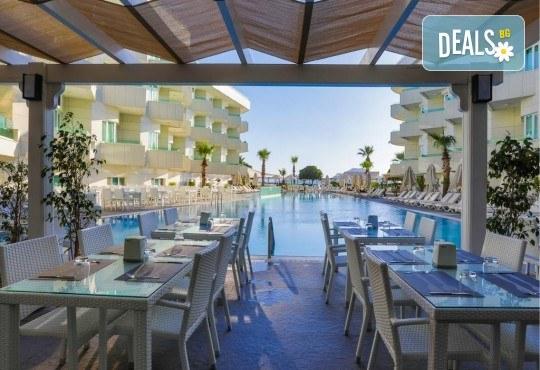 Изпратете лятото с почивка в луксозния Dragut Point South Hotel 4* в Тургутрейс! 5 или 7 нощувки на база All Inclusive, безплатно за дете до 12г. - Снимка 13