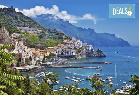 Вижте красотата на Южна Италия - Алберобело и Неапол! 3 нощувки със закуски, транспорт, ферибот, възможност за тур до Амалфийското крайбрежие, Везувий и Помпей - Снимка 10