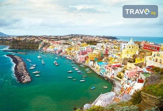 Вижте красотата на Южна Италия - Алберобело и Неапол! 3 нощувки със закуски, транспорт, ферибот, възможност за тур до Амалфийското крайбрежие, Везувий и Помпей - Снимка 4