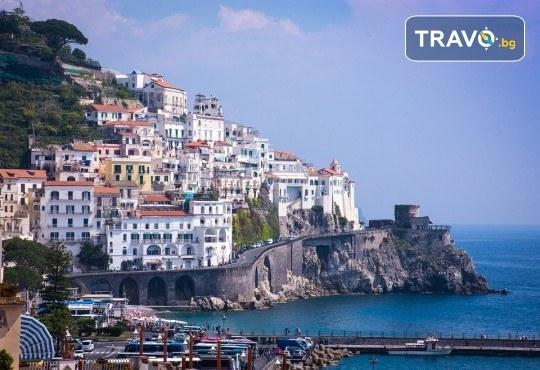 Вижте красотата на Южна Италия - Алберобело и Неапол! 3 нощувки със закуски, транспорт, ферибот, възможност за тур до Амалфийското крайбрежие, Везувий и Помпей - Снимка 11