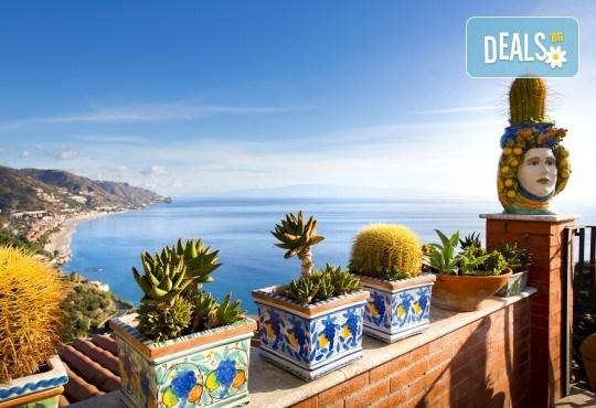 Самолетна екскурзия до Сицилия през есента! 4 нощувки, закуски и вечери с напитки, самолетни билети, летищни такси, водач и възможност за тур до Етна, Палермо и Агридженто - Снимка 4