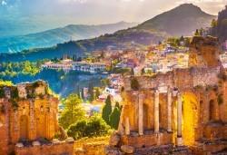 Самолетна екскурзия до Сицилия през есента! 4 нощувки, закуски и вечери с напитки, самолетни билети, летищни такси, водач и възможност за тур до Етна, Палермо и Агридженто - Снимка