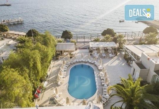 Късно лято в Dragut Point North Hotel 3*, Тургутрейс! 5 или 7 нощувки на база All Inclusive, възможност за транспорт - Снимка 12