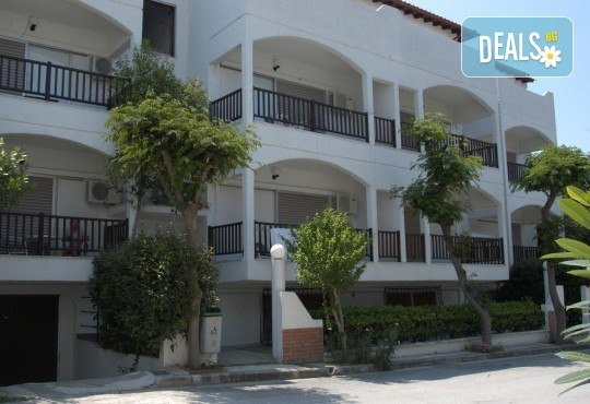 Лятна почивка на Халкидики! 7 нощувки на база All Inclusive Light в Across Golden Beach Hotel 2*, Касандра, транспорт и водач от ТА Солвекс! - Снимка 3