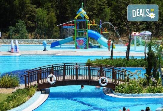 Почивка през октомври в хотел Amara Sealight Elite 5*! 4, 5 или 7 нощувки на база 24 Н Ultra All Inclusive, безплатно за дете до 12.99г. - Снимка 15