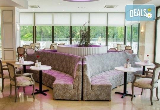 Почивка през октомври в хотел Amara Sealight Elite 5*! 4, 5 или 7 нощувки на база 24 Н Ultra All Inclusive, безплатно за дете до 12.99г. - Снимка 9