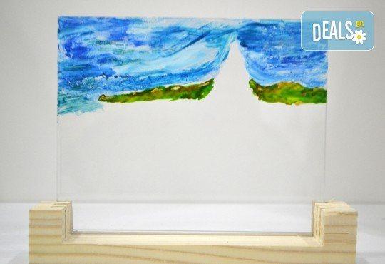 Еднодневен уъркшоп за рисуване върху стъкло - 3D картина, с включени бои и материали от Ателие Цветна магия! - Снимка 3