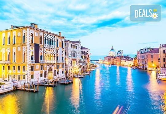 Екскурзия през септември или октомври до Венеция, с възможност за посещение на Милано! 3 нощувки със закуски, транспорт и водач - Снимка 8
