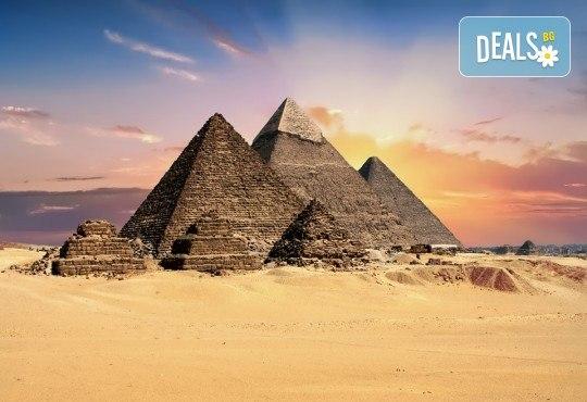 Есенна екзотика в Египет! 3 нощувки на база All Inclusive в хотел 5* в Хургада, 4 нощувки на база FB на круизен кораб 5*, самолетен билет, трансфери и богата програма! - Снимка 4