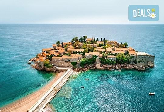 Екскурзия през август до Будва, с възможност да посетите Дубровник! 3 нощувки със закуски и вечери, транспорт и посещение на о. Св. Стефан - Снимка 2