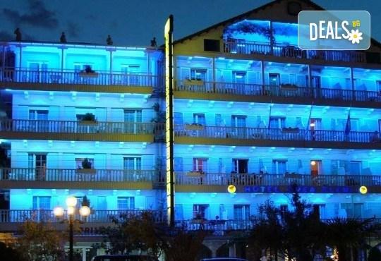 Почивка през юли или август в Паралия Катерини! 5 нощувки със закуски в хотел 3* и транспорт - Снимка 8