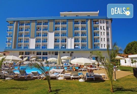 Изпратете лятото с почивка в My Aegеan Star Hotel 4*, Кушадасъ - 5 или 7 нощувки на база All Inclusive, възможност за транспорт - Снимка 1