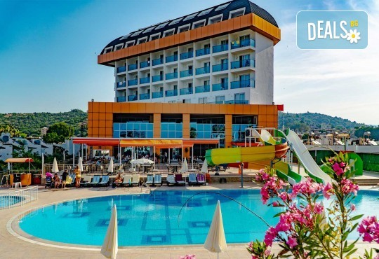 Почивка в Throne Beach Resort & SPA 5*, Сиде! 7 нощувки на база All Inclusive, ползване на басейни и СПА център, фитнес, шезлонг и чадър - Снимка 1
