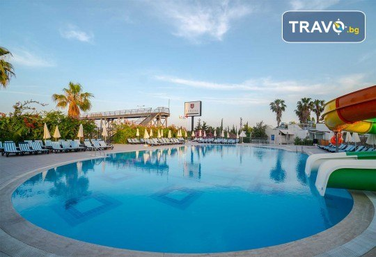 Почивка в Throne Beach Resort & SPA 5*, Сиде! 7 нощувки на база All Inclusive, ползване на басейни и СПА център, фитнес, шезлонг и чадър - Снимка 2
