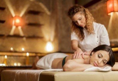 70-минутна кристална терапия - антистрес масаж на цяло тяло, парафинова маска с кристали на стъпала, масаж на лице и скалп с кристална есенция в Студио Модерно е да си здрав! - Снимка