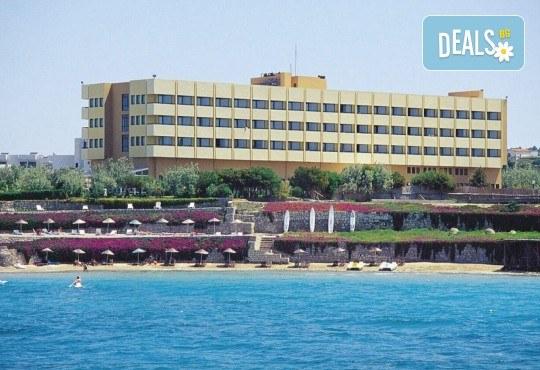 Гореща лятна почивка в Hotel Babaylon 4*, Чешме, Турция! 7 нощувки на база All Inclusive, транспорт и водач от Травел мания - Снимка 1