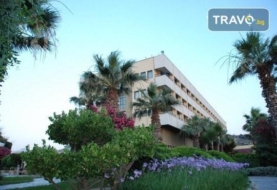 Гореща лятна почивка в Hotel Babaylon 4*, Чешме, Турция! 7 нощувки на база All Inclusive, транспорт и водач от Травел мания - Снимка 3