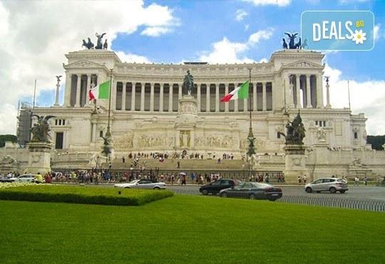 Уикенд в Рим през есента с Лале Тур! Самолетен билет с летищни такси, 3 нощувки със закуски в хотел 3*, индивидуално пътуване - Снимка 7